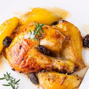Muslo de pollo con peras conference